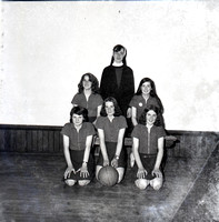 Unknown Girls Basketball 1975